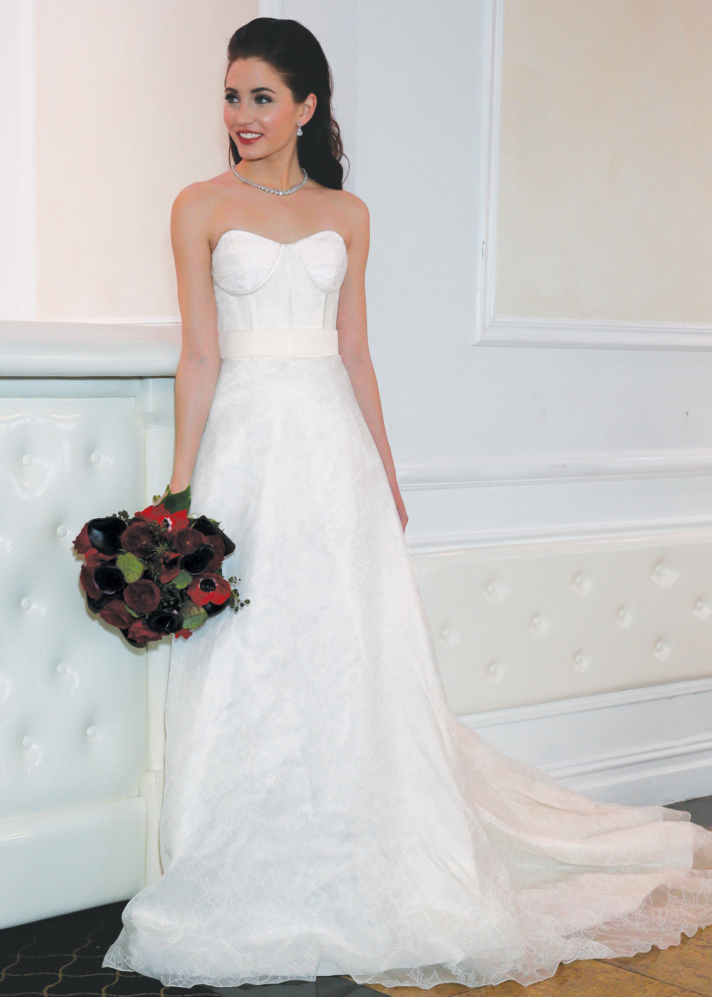 A line bridal wedding gown by yumi katsura in ny nj for Wedding dress preservation nyc