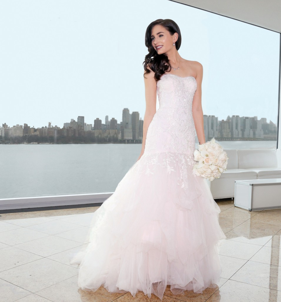 Gown: Oleg Cassini (CWG737, $1358), Ariston Flowers