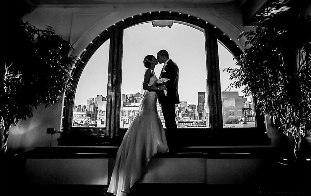 Manhattan Penthouse, A Romantic Setting (William Mason Photography)