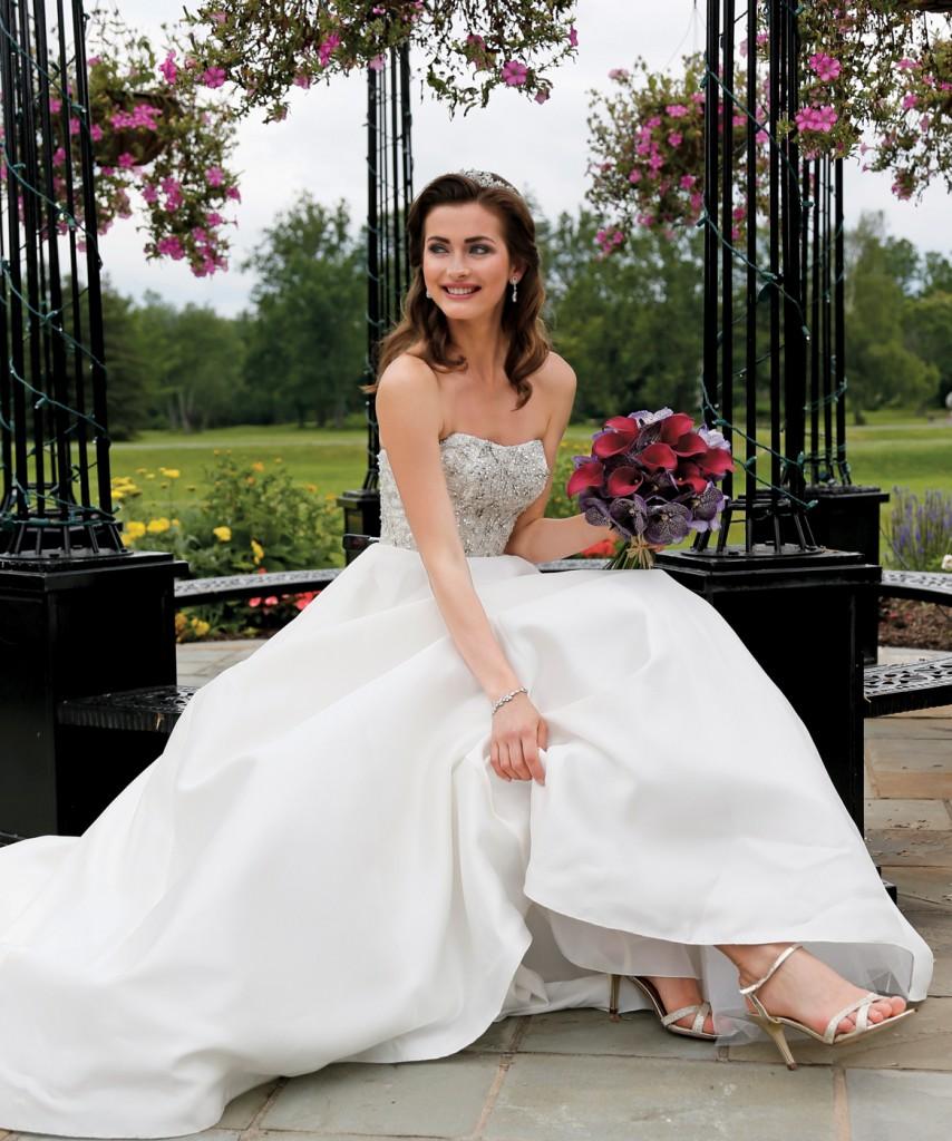 Gown: Oleg Cassini at David's Bridal (CWG791, $1,158), Ariston Flowers