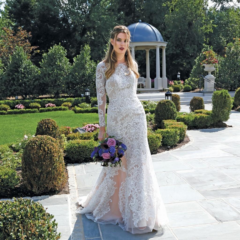 Gown: Oleg Cassini at David's Bridal (CWG 670, $1,450), Ariston Flowers