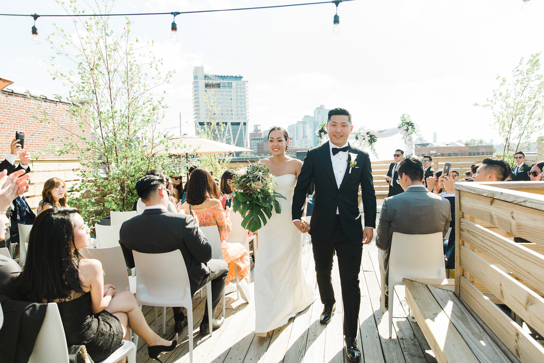 Wedding sites with romantic rooftop glamour in ny and nj dobbin st brooklyn ny junglespirit Gallery