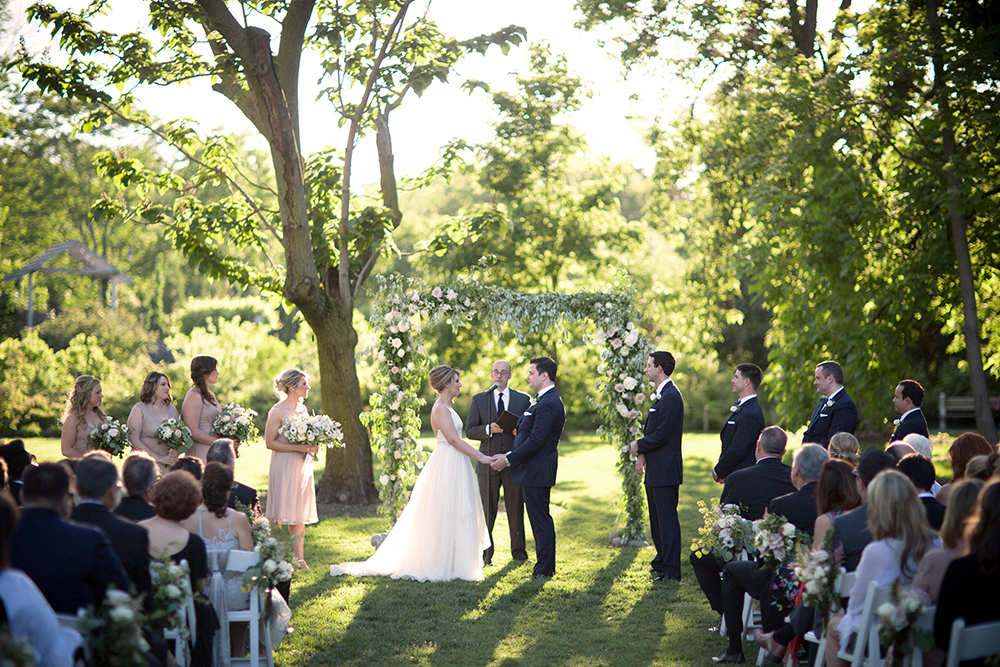 Brooklyn Botanic Garden (Photo: Weddings by Two)