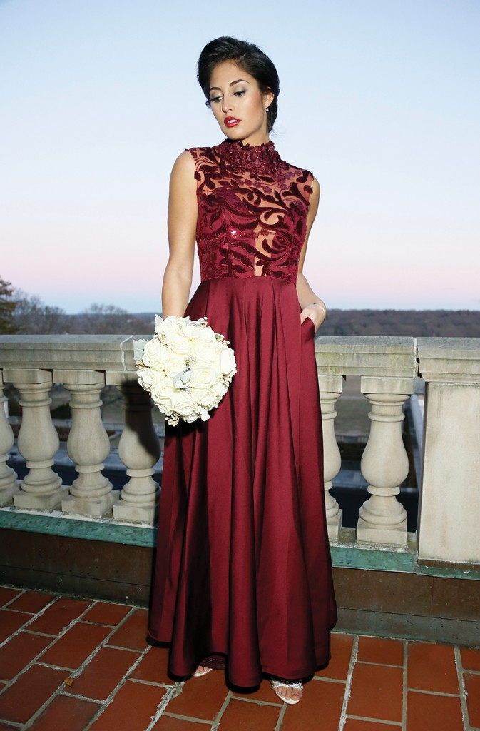 Gown: Jenny Couture, Torcianna Events & Florals