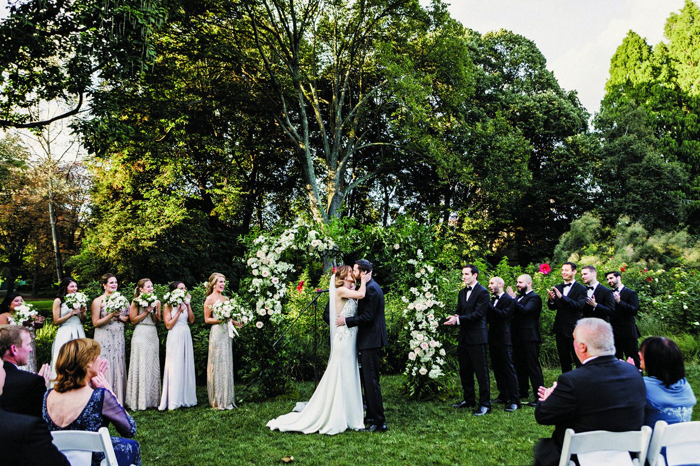 Ashley Joes Wedding At Brooklyn Botanic Garden Ny
