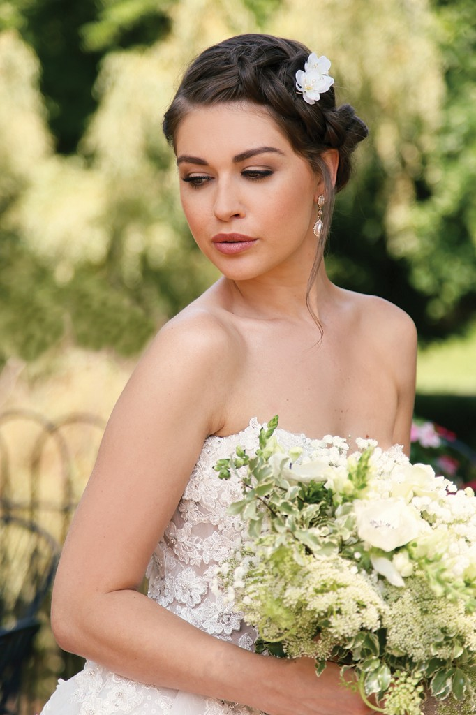 Gown-Eve of Milady (357), Bouquet-Douglas Koch Designs Ltd, Hair Jewelry-Sterling Hairpins, Earrings-David's Bridal