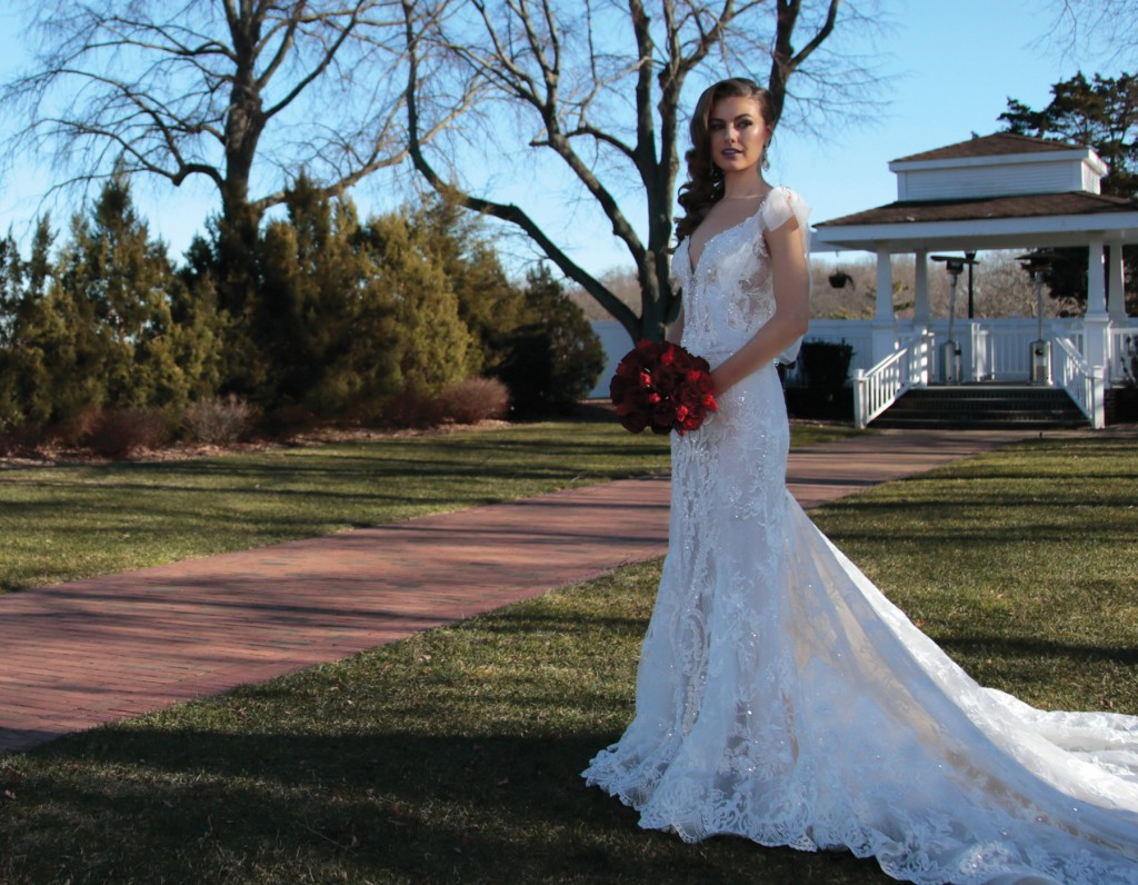 Gown: Eve of Milady (373). Ariston Flowers