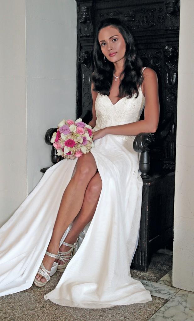Gown: Jude Jowilson (Lauren). Bouquet: Henry's Florist Floral Decorators.