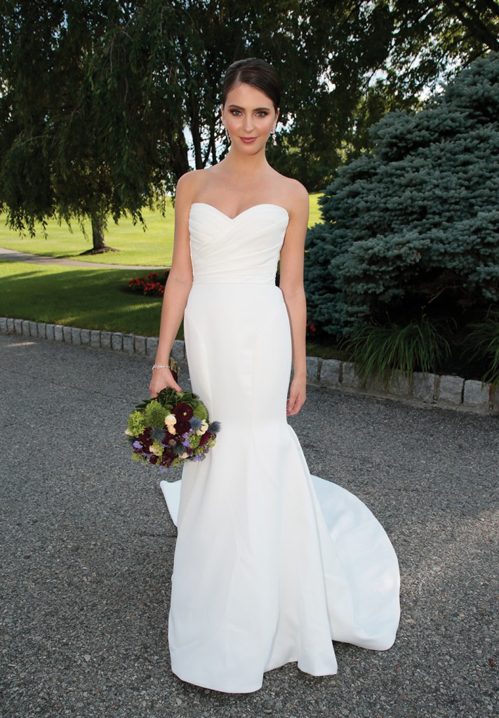Gown: Jude Jowilson (Ingrid). Bouquet: Mitch Kolby Events.