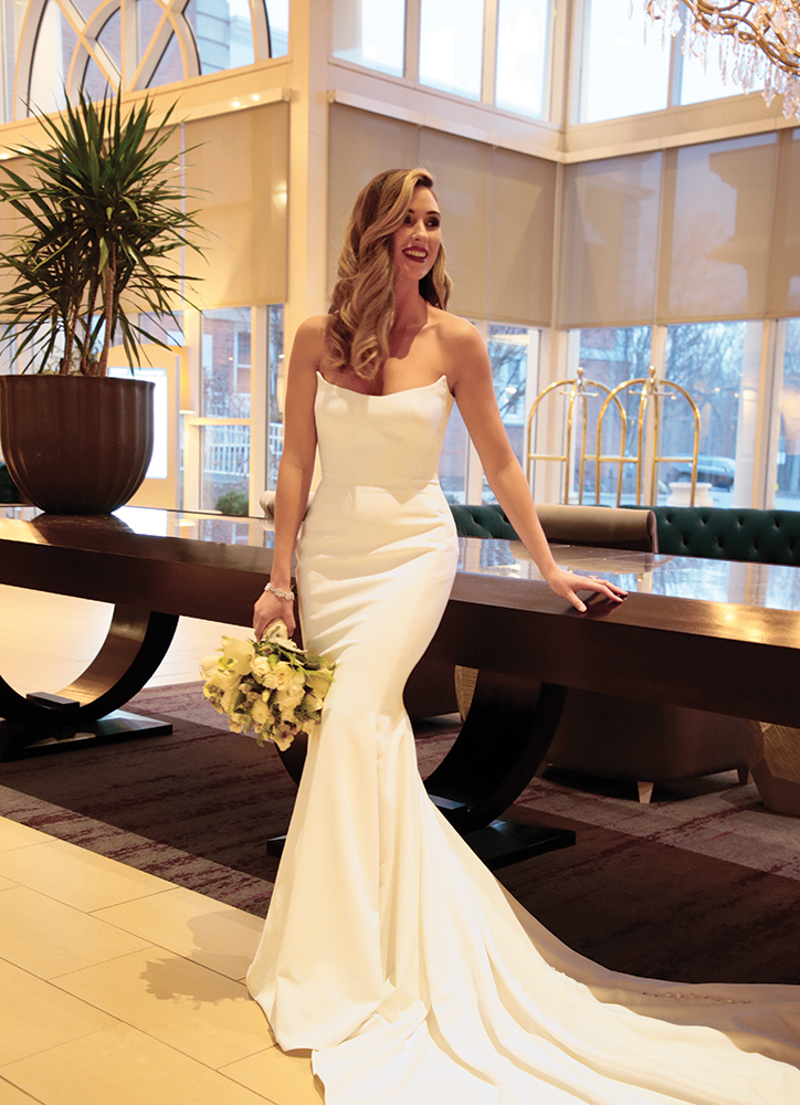 Gown: Jude Jowilson (Crawford). Bouquet: Ariston Flowers.