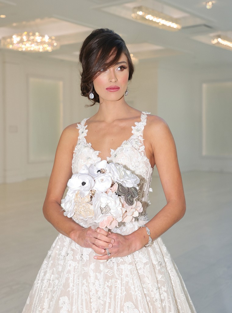 Gown: Eve of Milady (359) Bouquet: Forever Brooch Bouquets