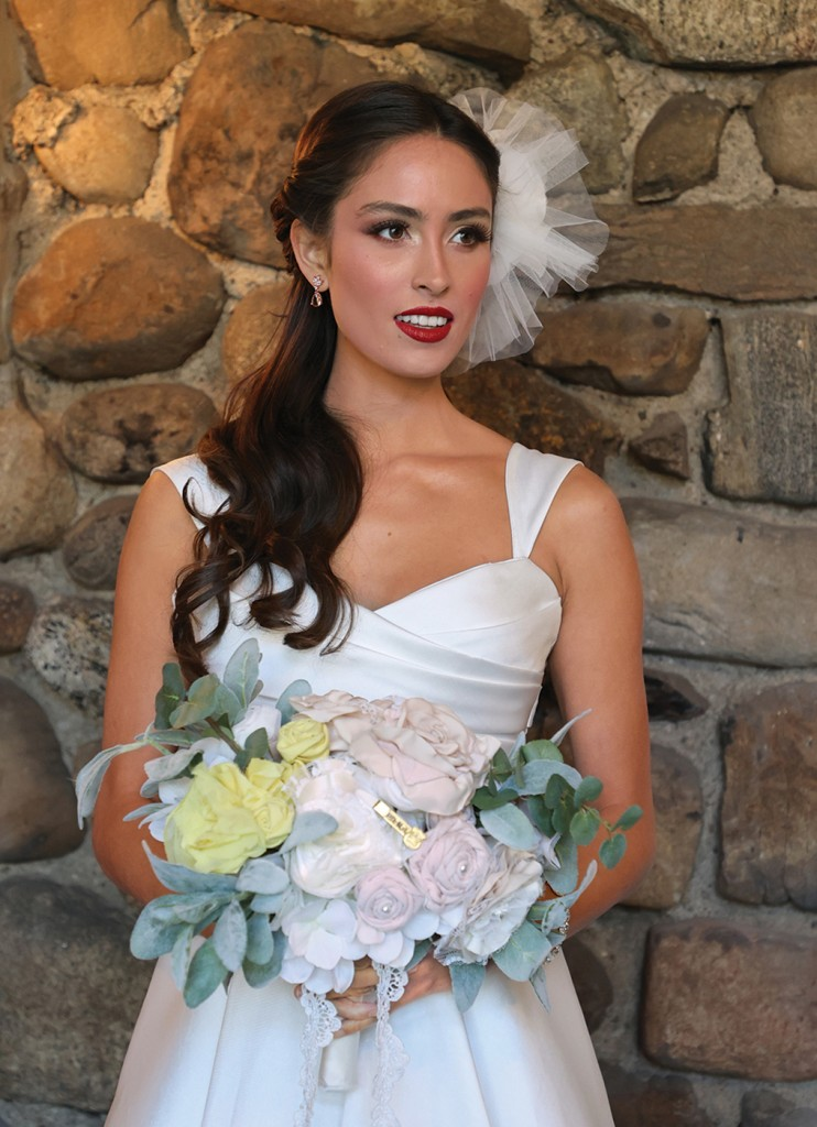 Gown: Jude Jowilson (Leigh) Bouquet: Forever Brooch Bouquets