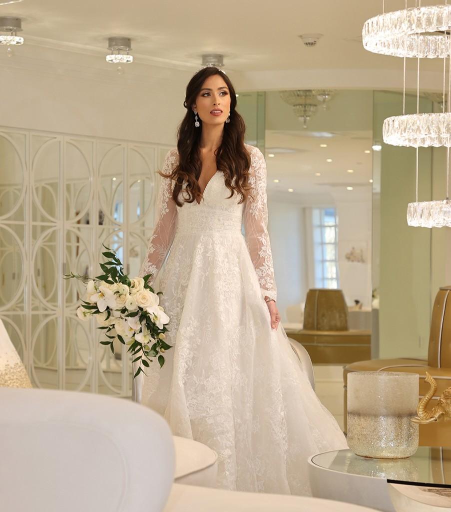 Gown: Oleg Cassini (CWG893, $1499) Bouquet: Bespoke Floral & Event Design