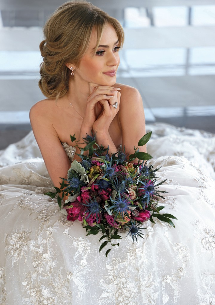 Gown: Eve of Milady (367) Bouquet: Douglas Koch Design Ltd.