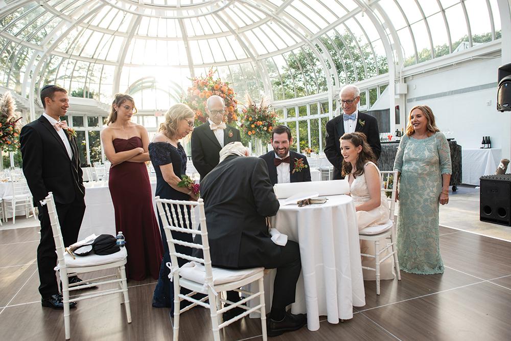 Kate & Bret's Garden Wedding at Brooklyn Botanic GardenKate & Bret's Garden Wedding at Brooklyn Botanic Garden