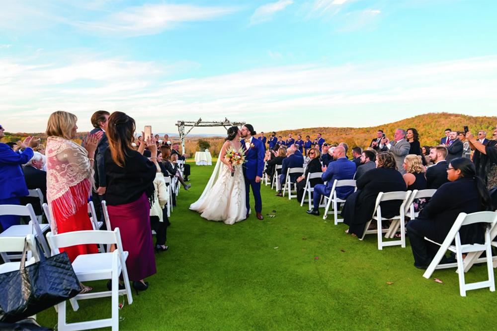 Samantha & Jonathan's Wedding at SkyView Golf Club